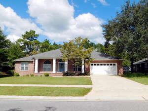Featured Property in Niceville, FL 32578