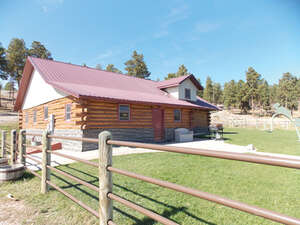 Featured Property in Upton, WY 82730