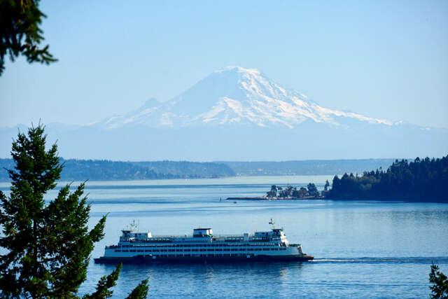 Single Family for Sale at 10023 Point View Dr NE Bainbridge Island, Washington 98110 United States