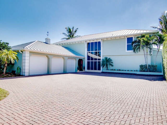Single Family for Sale at 27 Dolphin Drive Vero Beach, Florida 32960 United States
