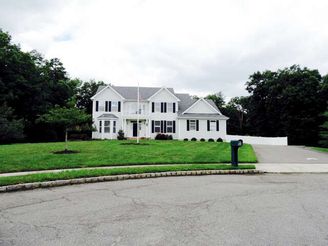 Single Family for Sale at 12 Meadowlark Court Jackson, New Jersey 08527 United States