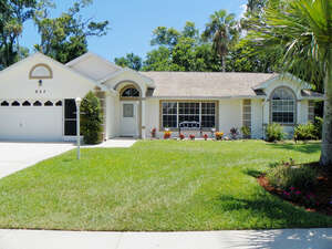 Featured Property in South Daytona, FL 32119