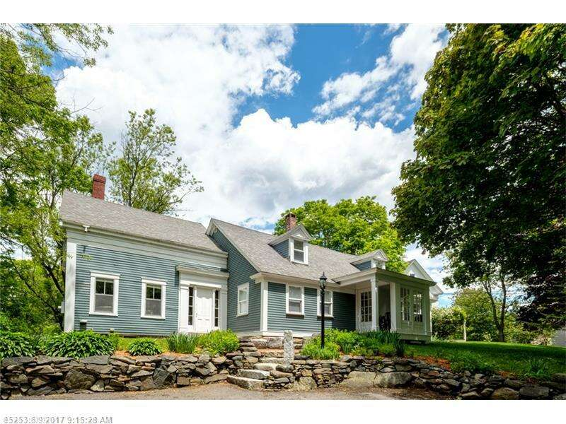 Single Family for Sale at 155 Pepperrell Rd Kittery, Maine 03904 United States