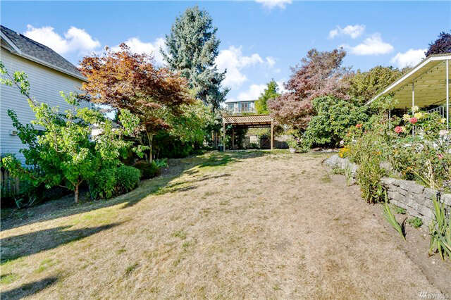 Investment for Sale at 3521 Bagley Ave. N. Seattle, Washington 98103 United States