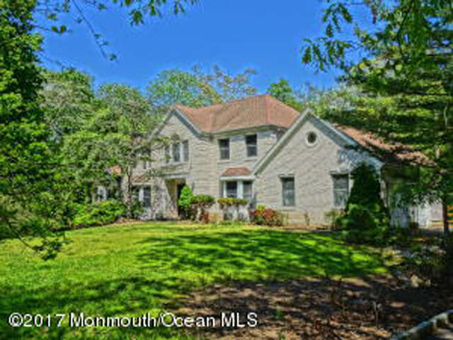 Single Family for Sale at 1 Moonlight Ct Millstone, New Jersey 08510 United States