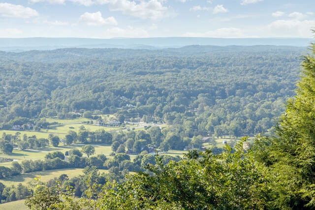 Single Family for Sale at 2241 Heavenly View Ooltewah, Tennessee 37363 United States