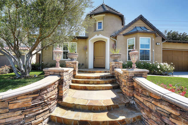 Single Family for Sale at 40 Christopher Street Ladera Ranch, California 92694 United States