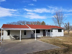 Featured Property in Campbell, TX 75422