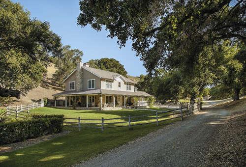 Single Family for Sale at 3320 Canada Este Rd Santa Ynez, California 93460 United States