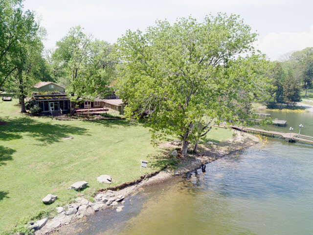 Single Family for Sale at 2314 N Shore Acres Rd Soddy Daisy, Tennessee 37379 United States