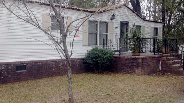 Real Estate for Sale, ListingId:43695743, location: 370 Sinkler Avenue Eutawville 29048