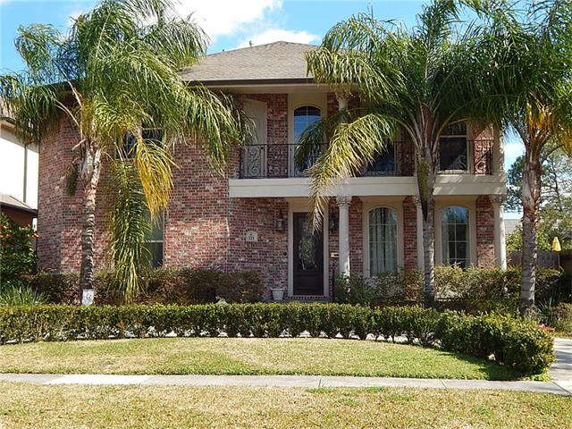 Single Family for Sale at 323 W Livingston Pl Metairie, Louisiana 70005 United States