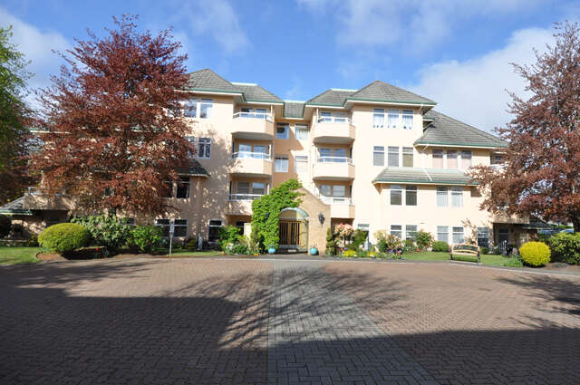 Home Listing at 203 - 2311 Mills Rd, SIDNEY, BC