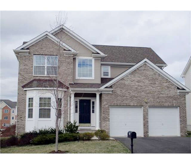Single Family for Sale at 33 Willocks Circle Somerset, New Jersey 08873 United States