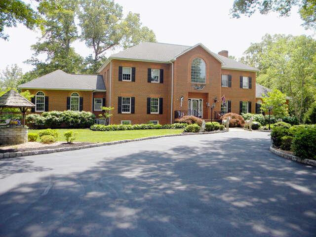 Single Family for Sale at 6073 Pine Slash Road Mechanicsville, Virginia 23111 United States