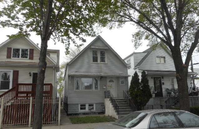 Real Estate for Sale, ListingId:52079839, location: 3116 South Karlov Avenue Chicago 60623