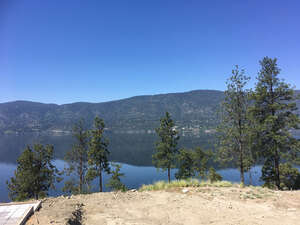 Featured Property in Lake Country, BC V4V 1N5