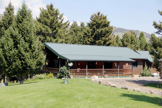 Single Family for Sale at 283 Rock Creek Emigrant, Montana 59027 United States