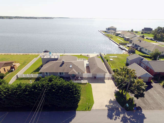 Single Family for Sale at 4 Bay Drive Lewes, Delaware 19958 United States