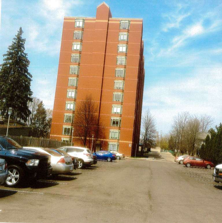 Home Listing at #404-76 Base line Rd w, LONDON, ON