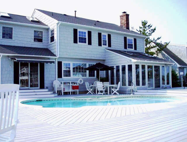 Single Family for Sale at 147 Squan Beach Dr Brick, New Jersey 08723 United States