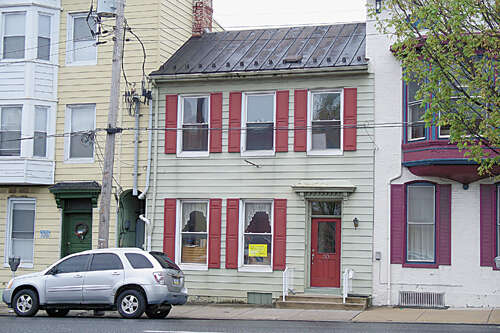 Real Estate for Sale, ListingId:44767617, location: 30 W. Queen Street Chambersburg 17201