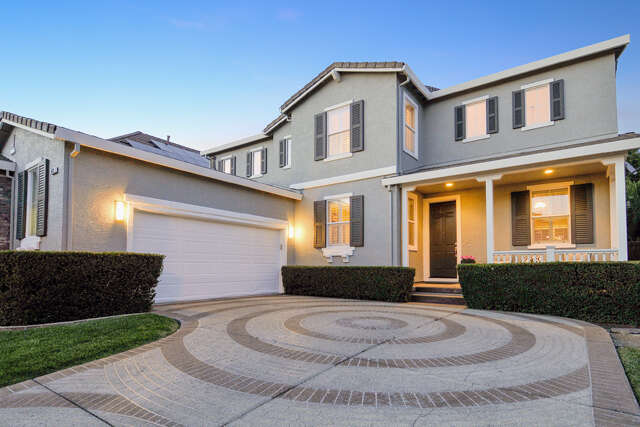 Single Family for Sale at 612 Chardonnay Place Windsor, California 95492 United States