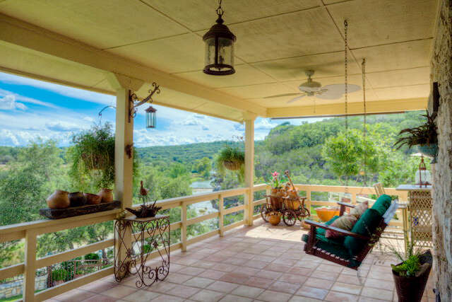 Additional photo for property listing at 378 Bear Creek Scout Rd  Hunt, Texas 78024 United States