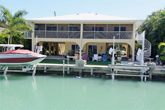Multi Family for Sale at 138 N Indies Drive Duck Key, Florida 33050 United States