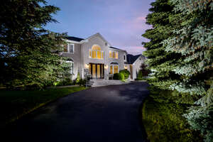 Featured Property in Kleinburg, ON L0J 1C0