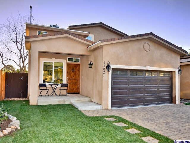 Single Family for Sale at 11021 Scoville Avenue Sunland, California 91040 United States