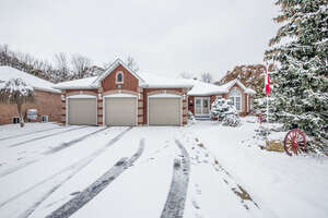 Featured Property in Barrie, ON L4N 8H4
