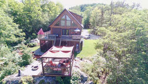 Featured Property in Val Des Monts, QC J8N 0B5