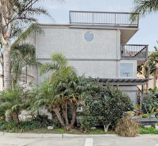 Single Family for Sale at 2325 Panama Drive Oxnard, California 93035 United States