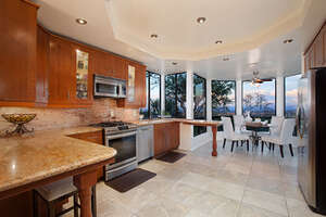 Featured Property in Newport Beach, CA 92660