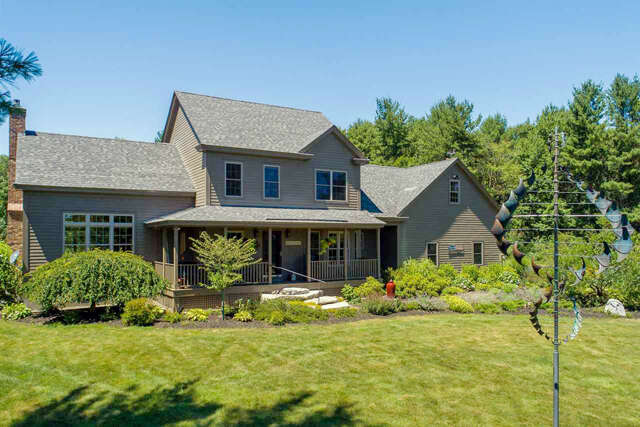 Single Family for Sale at 3 Ross Road Rollinsford, New Hampshire 03869 United States