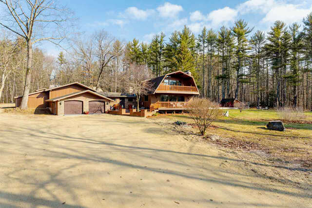 Single Family for Sale at 643 Franklin Pierce Highway Barrington, New Hampshire 03825 United States