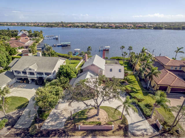 Single Family for Sale at 10960 S Tropical Trl Merritt Island, Florida 32952 United States