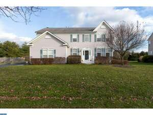 Featured Property in Allentown, NJ 08501