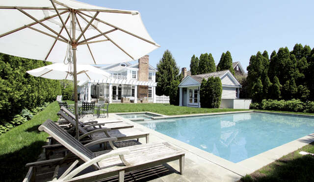 Single Family for Sale at 60 Old Town Crossing Southampton, New York 11968 United States