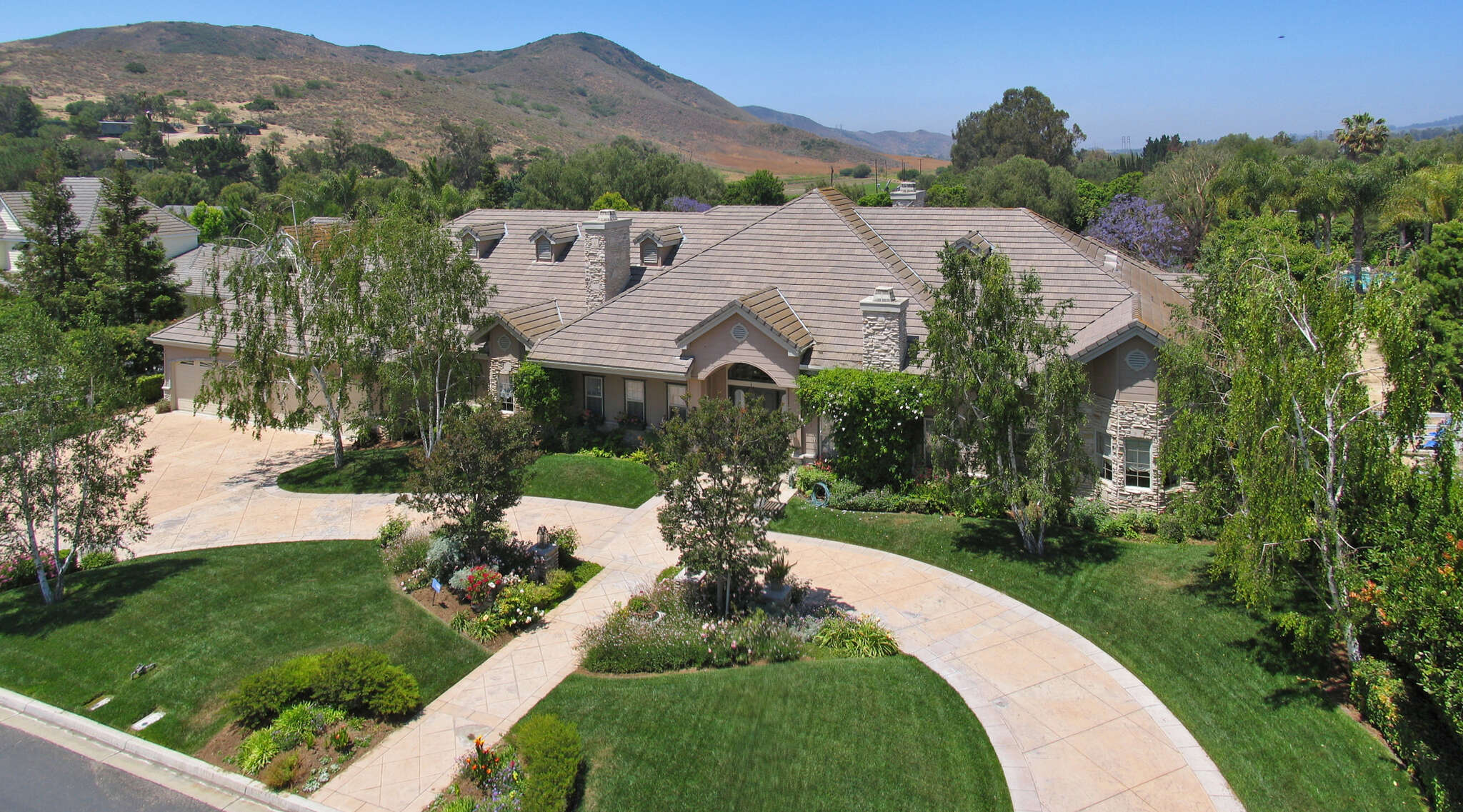 Single Family for Sale at 1985 Brittany Park Road Santa Rosa Valley, California 93012 United States