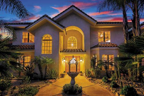 Single Family for Sale at 3450 Via Zara Fallbrook, California 92028 United States