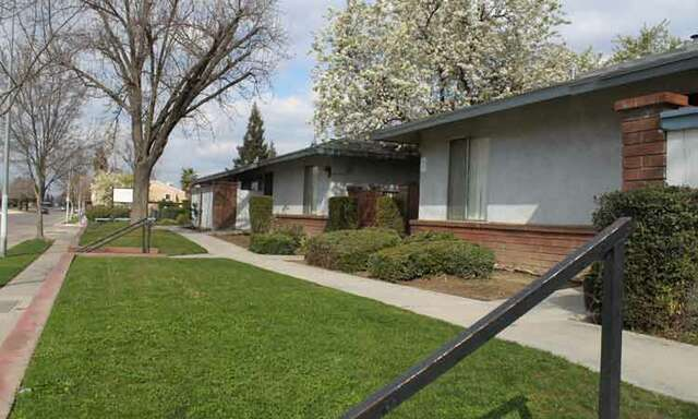 Apartments for Rent, ListingId:22790081, location: 2072 N. Marks Ave. Fresno 93722