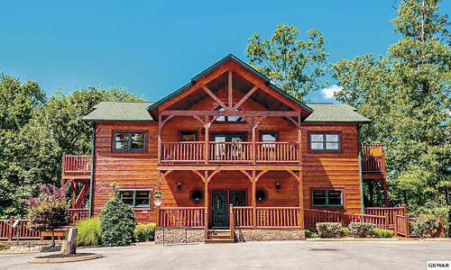 Single Family for Sale at 319 Poplar Point Way Gatlinburg, Tennessee 37738 United States