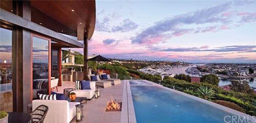 Single Family for Sale at 1107 Dolphin Corona Del Mar, California 92625 United States