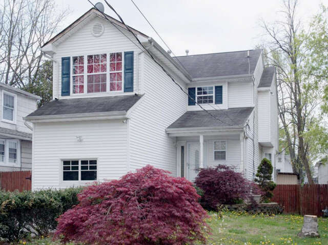 Featured Property in FREEHOLD, NJ, 07728