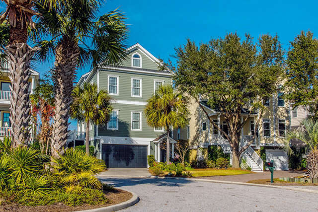 Single Family for Sale at 19 Morgan Place Drive Isle Of Palms, South Carolina 29451 United States