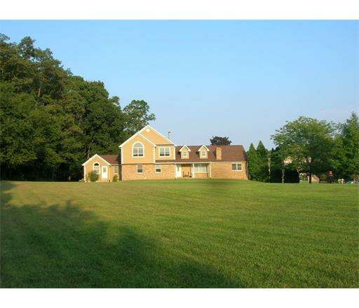 Real Estate for Sale, ListingId:44677691, location: 136 N Bergen Mills Road Monroe Township 08831