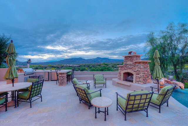 Single Family for Sale at 39211 N School House Road Cave Creek, Arizona 85331 United States