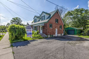 Featured Property in Oshawa, ON L1J 1W6